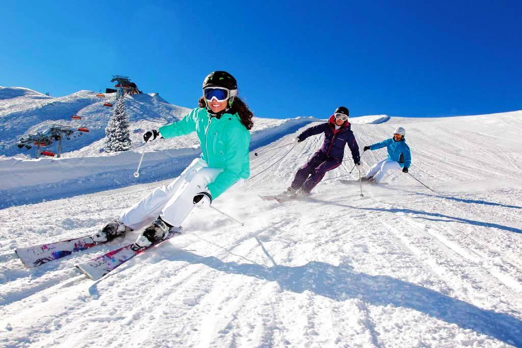 """Пять новых горнолыжных трасс откроются этой зимой на курорте """"Архыз"""" в Карачаево-Черкесии"""