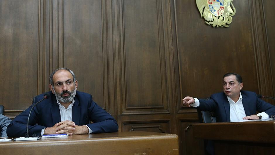 """""""Правительство НЕсогласия"""" или почему сторонники Пашиняна ополчились против него?"""