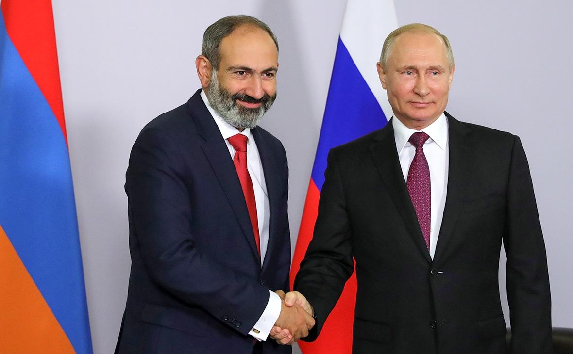 Владимир Путин поздравил Никола Пашиняна с днём Независимости Армении