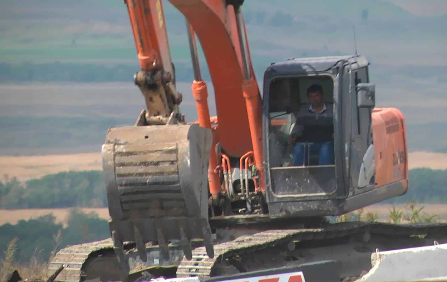 """В Карачаево-Черкесии продолжается масштабная реконструкция дороги """"Черкесск–Хабез"""""""