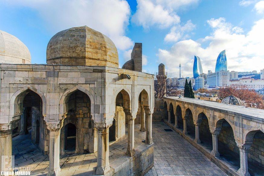 Сад религий Азербайджана