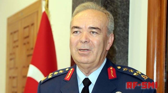 Абазин Абидин Унал (Агъачаа) - бывший главком ВВС Турции.