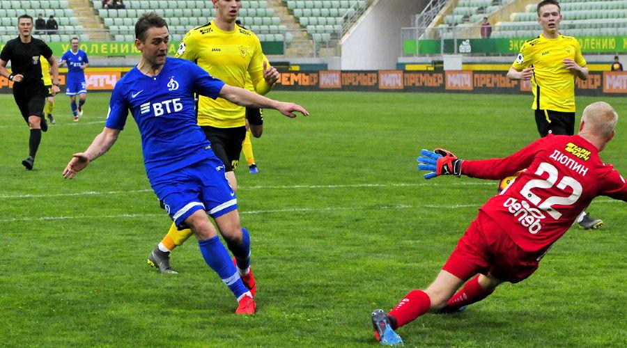 ФК «Анжи» вничью сыграл с «Динамо»