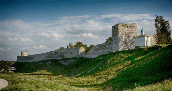 Крепость Изборск: западный рубеж Руси | ВИКИНГИ | Яндекс Дзен