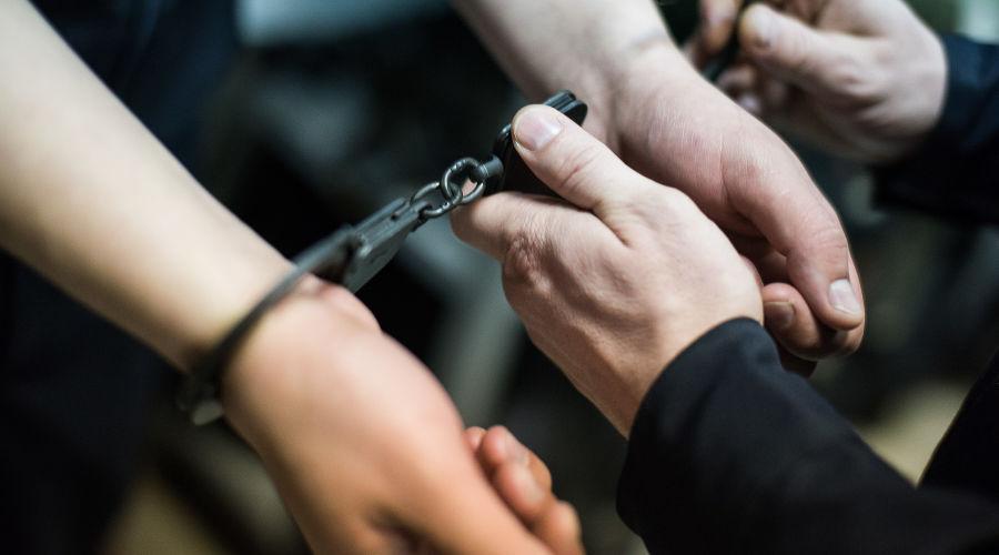 Силовики задержали двух жителей Кабардино-Балкарии, которые собирали деньги для террористов