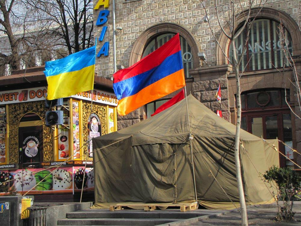 «Народ бережливый, но пьющий». Что армяне думают об украинцах?
