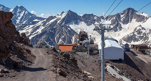 Подросток лишился пальца после восхождения на Эльбрус