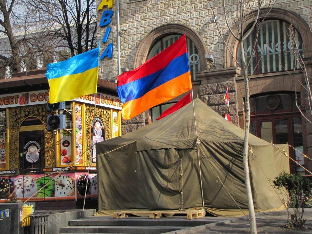 «Народ бережливый, но пьющий». Что армяне думают об украинцах? | Армения и армяне | Яндекс Дзен