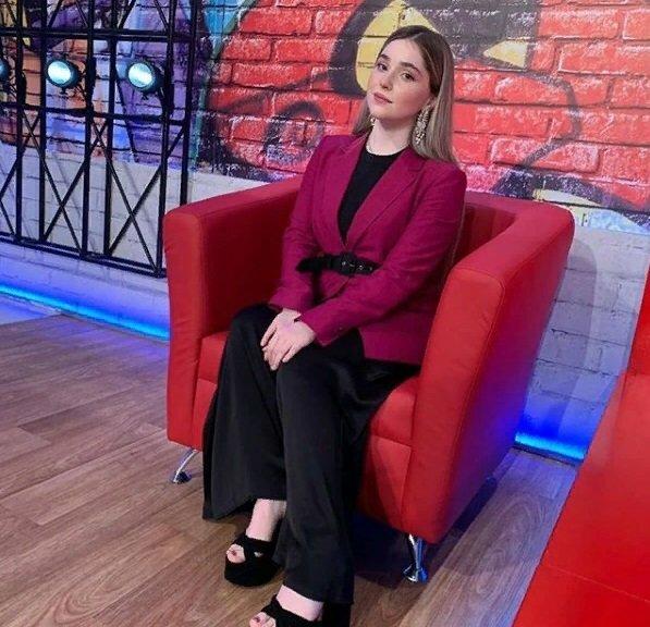 «Надо быть добрее»: что ответила вайнахская звезда шоу «Голос», осудившим ее землякам? | Чеченский след | Яндекс Дзен