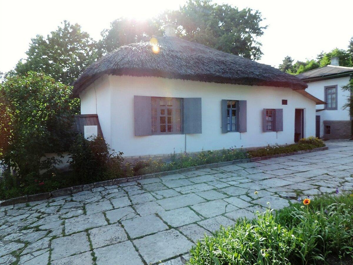 Домик Лермонтова - пожалуй, самое уютное место в Пятигорске