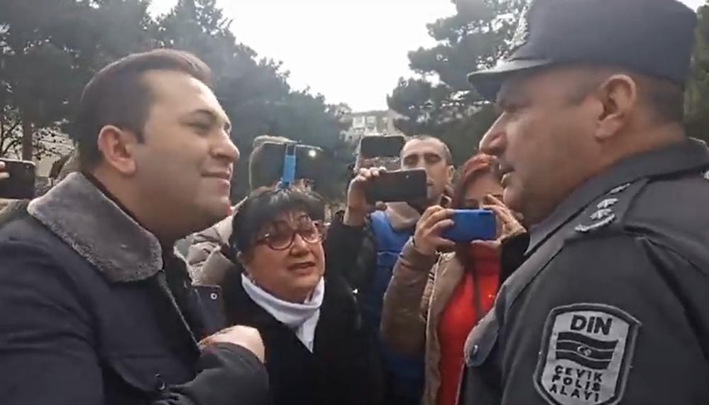 В Азербайджане задержали протестующих кандидатов в депутаты (видео)