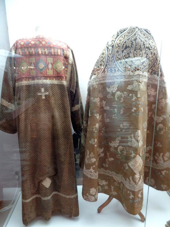 Каргопольский историко-краеведческий музей (часть 2): собрание народного костюма, каргопольской вышивки и золотного шитья