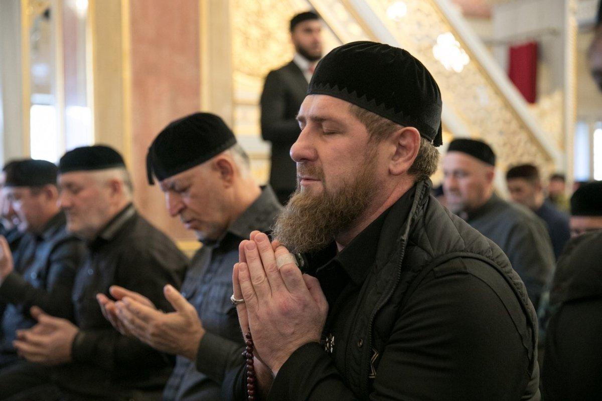 Не только Аллах. Как чеченцы называют Бога?