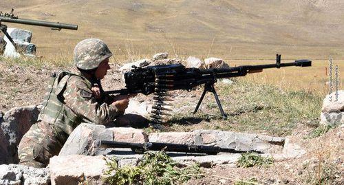 Азербайджан заявил о снайперских и пулеметных обстрелах в зоне конфликта