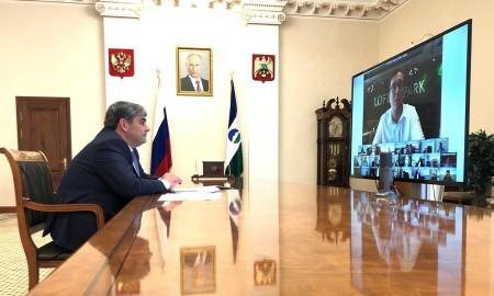 Казбек Коков провел видеосовещание с предпринимателями республики