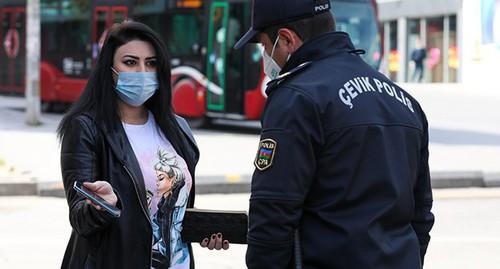 Масочный режим введен в Азербайджане на фоне рекордного роста числа зараженных