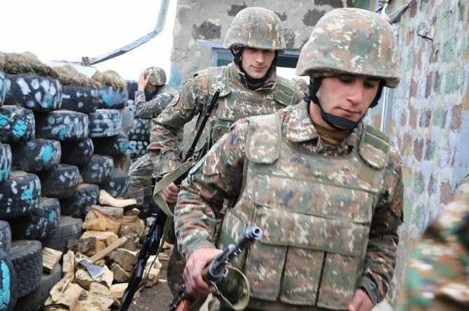 Министр обороны Азербайджана недоволен наличием камер видеонаблюдения на армянской стороне (видео)
