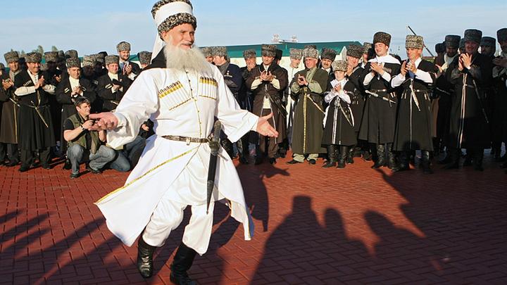 Какие государства существовали у чеченцев до прихода России?