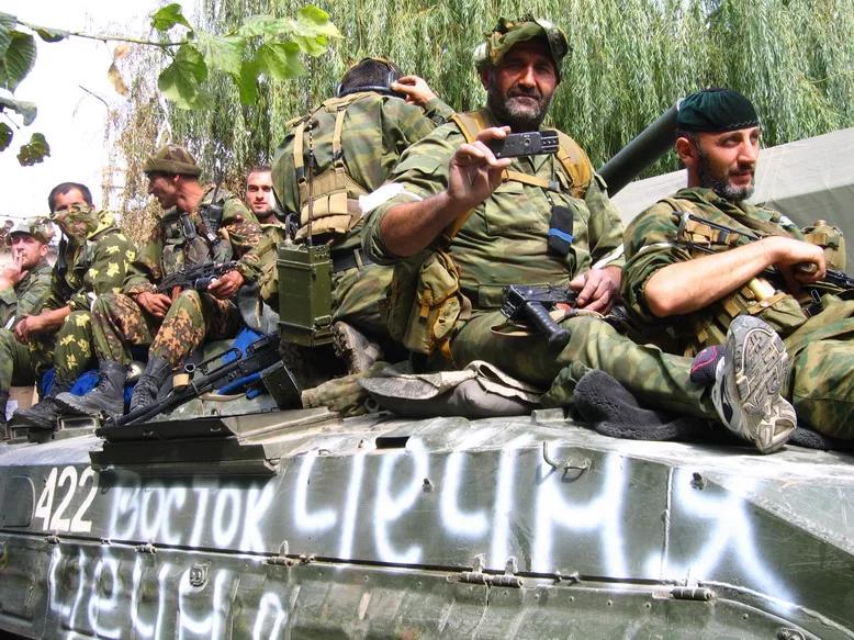 """""""Грузины убегали от нас в трусах"""". Как чеченцы воевали за Россию в августе 2008-го"""