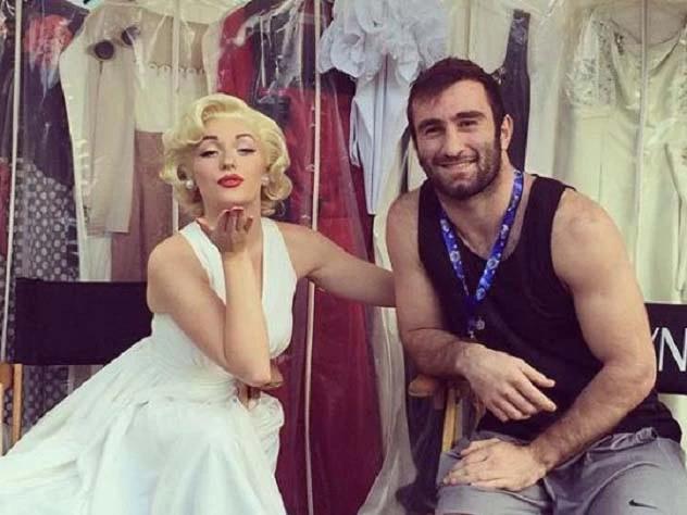 Как выглядит девушка знаменитого осетинского боксера Мурата Гассиева?