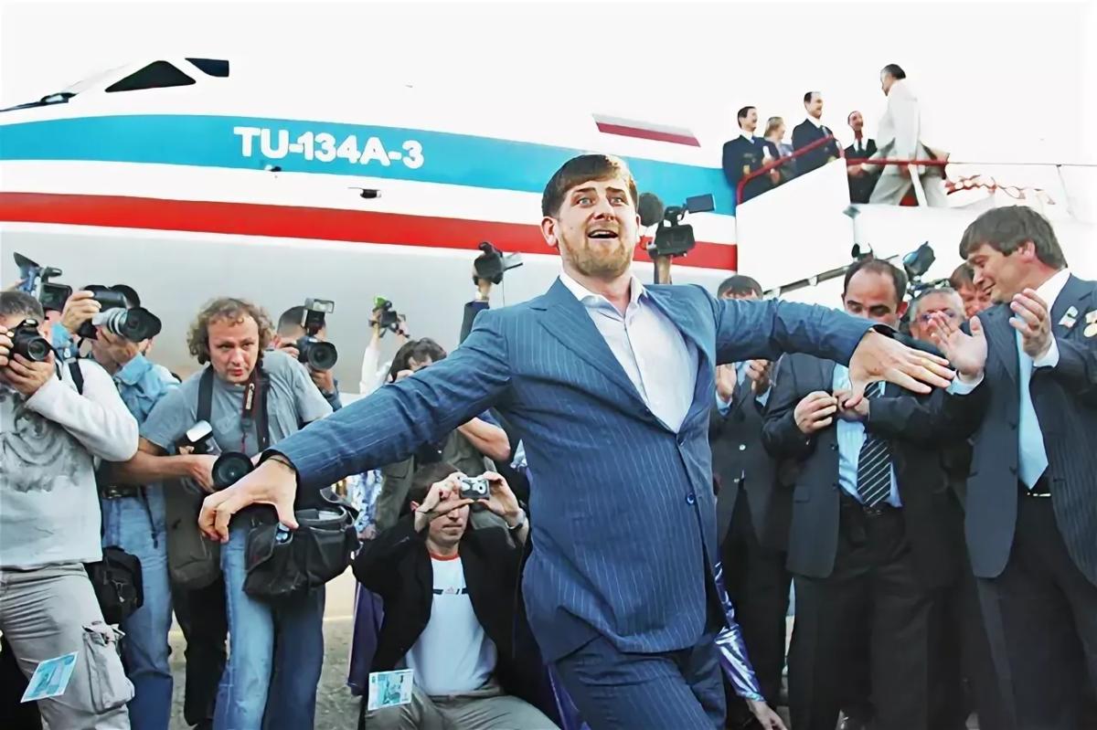 На каком самолете летает глава Чечни Рамзан Кадыров, как воздушное судно выглядит изнутри?