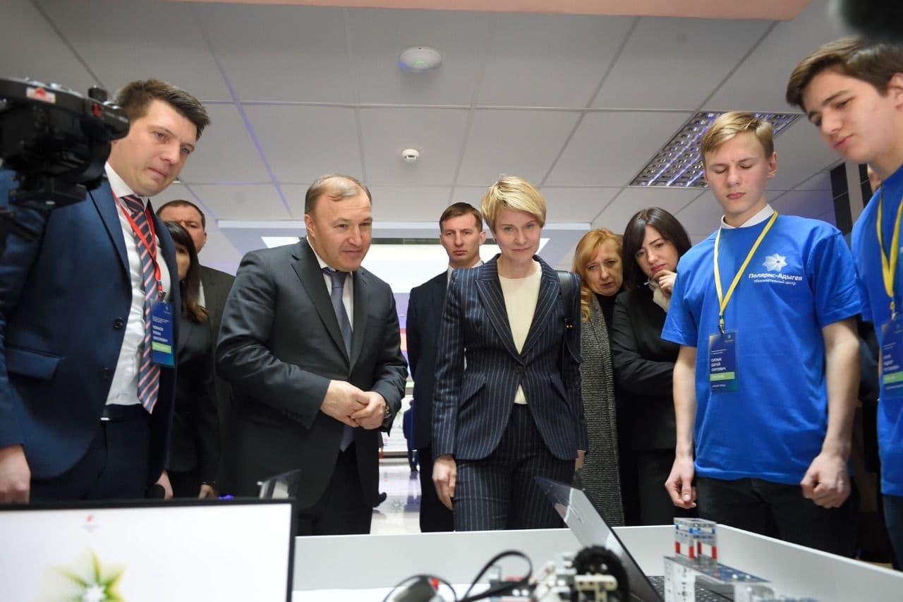 Глава Адыгеи поделился мнением об образовании в республике и статье Елены Шмелевой
